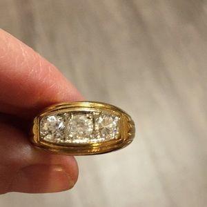 Men's ring size 10 nice detailing
